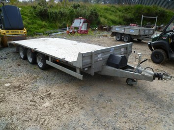 16ft Beaver Tailed Trailer