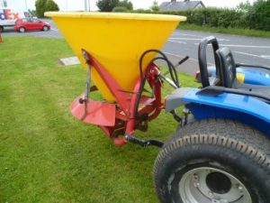 Fertiliser/Grass Seed Sower